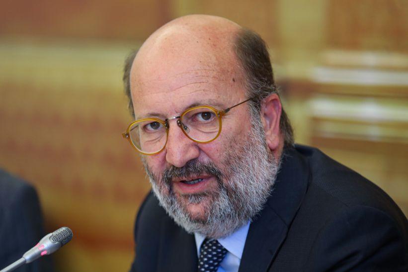 Ministro garante que exploração de lítio não avança sem estudo de impacte ambiental positivo