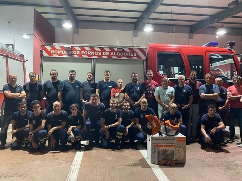 Fornos de Algodres: Esgalhada Clube TT ofereceu equipamento necessário aos Bombeiros