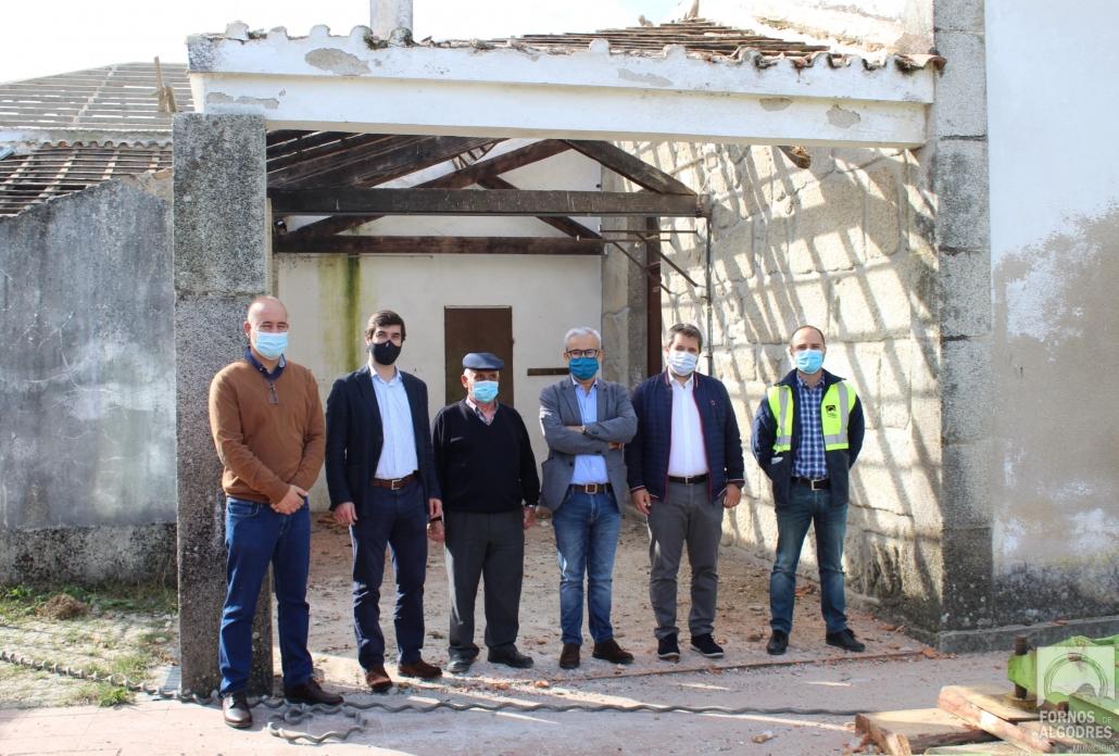 """Fornos de Algodres: obras de """"Remodelação e Requalificação da EB 1 de Figueiró da Granja"""" já iniciaram"""